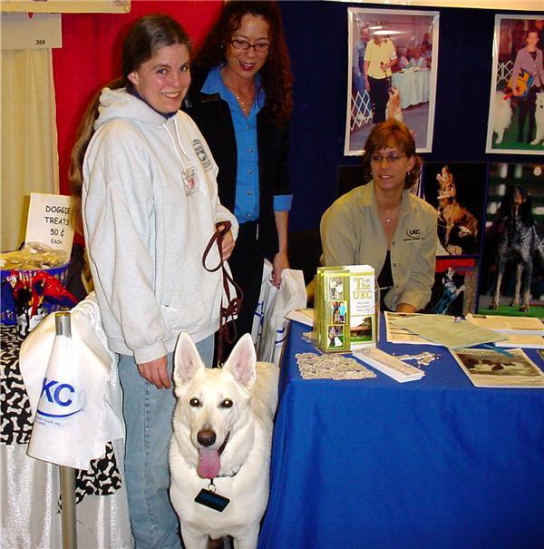 Shira working, White Shepherd Shira, Shylo Star Kennels, Rhinelander WI,  Service Dog, CGC Evaluator